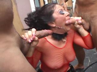 Naughty Mom Sucks And Penetrated By Two Bon