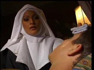 Sex Movie of Italian Nun Gets Fucked