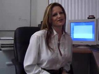 Sex Tubes of Secretary With Nice Big Tits