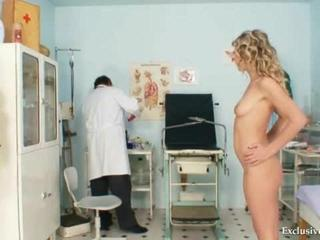 Porn Tube of Curly-haired Vanesa Visits For Extreme Pussy Observation